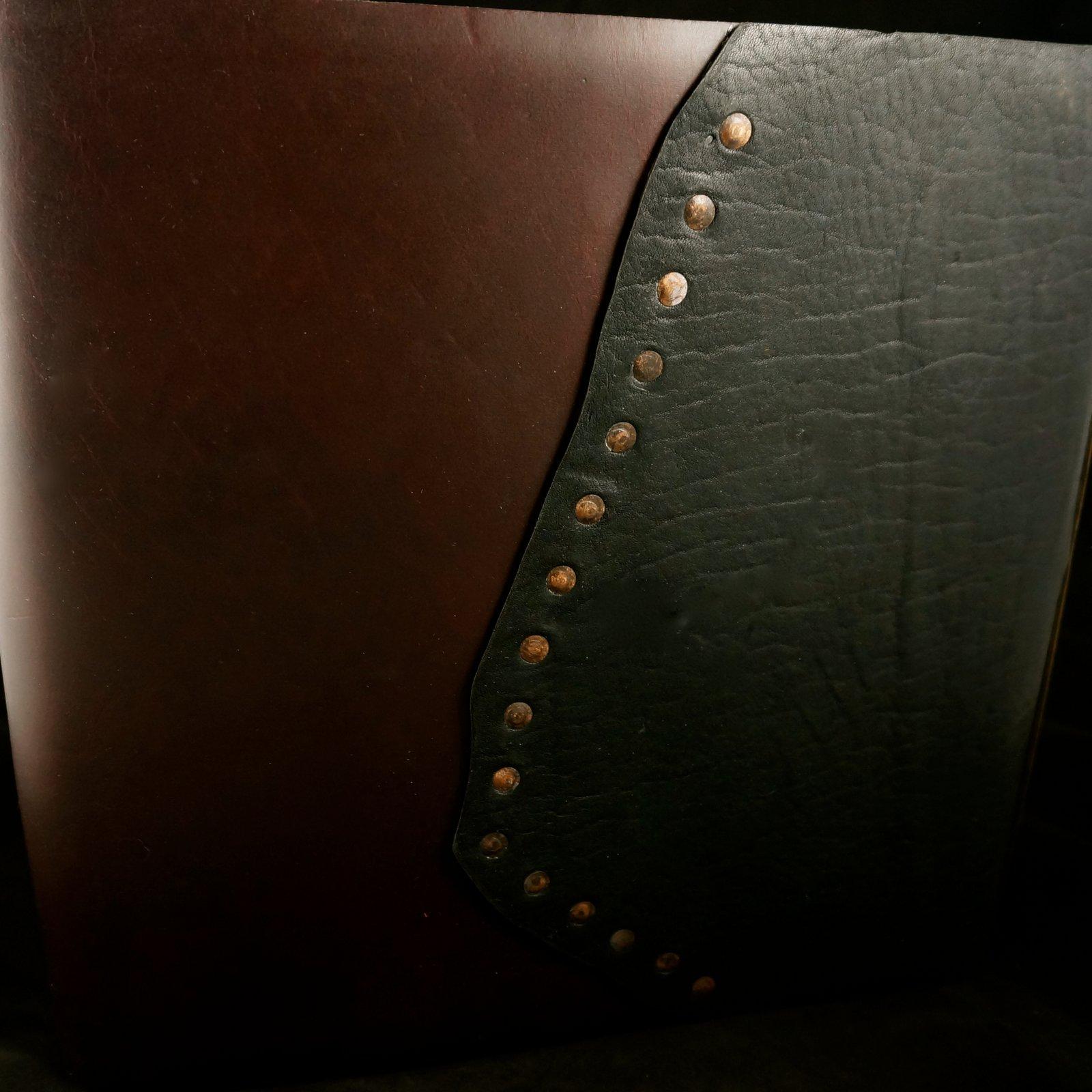 1600x1600 Iona Handcrafted Books Store La Abuela! Blackwine 2toned
