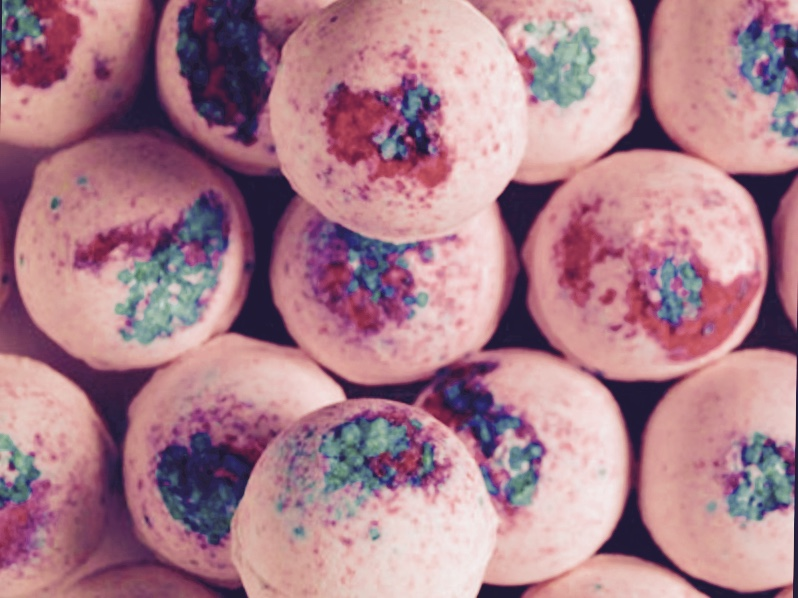 798x598 Lush Bath Bomb Review Sakura Beauty Review Central