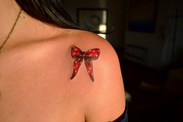 640x426 21 Small Bow Tattoo Ideas To Repeat