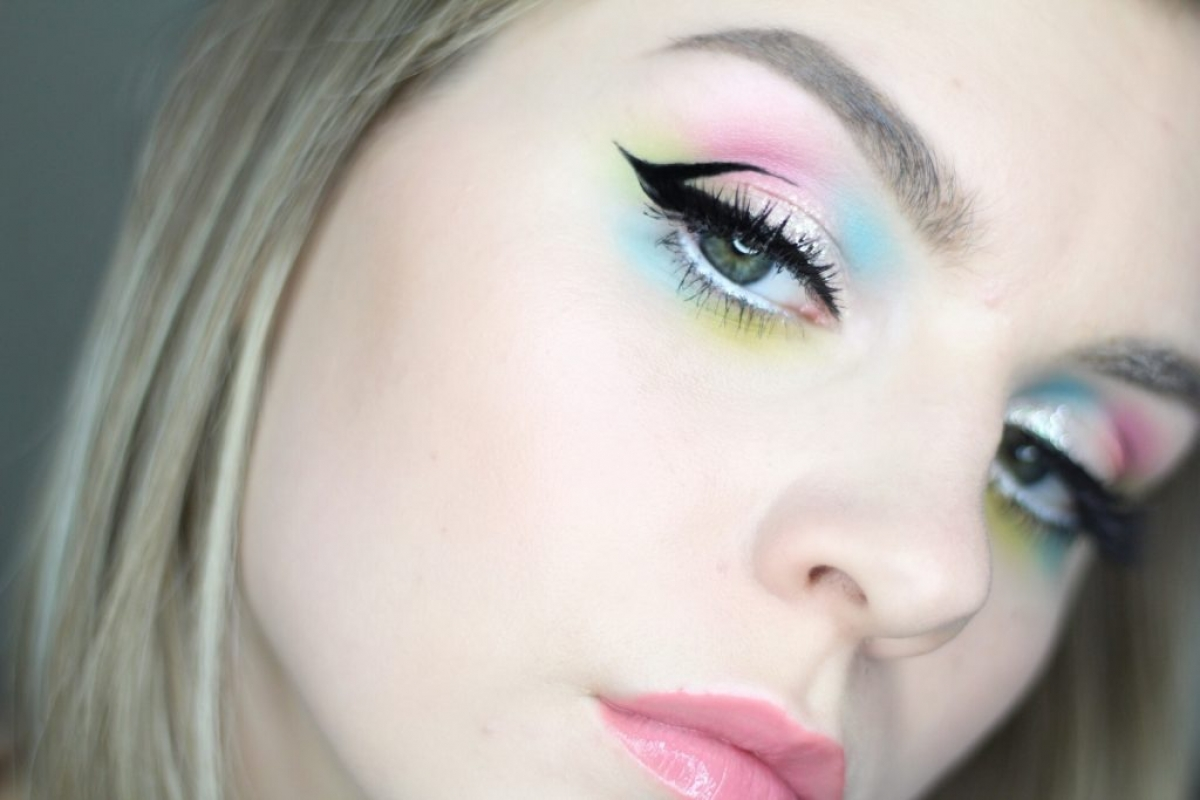 1200x800 Watercolor Eye Shadow + Graphic Wing Tutorial Blonde Amp Ambitious