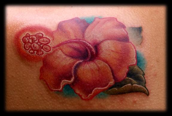 575x390 Watercolor Hibiscus Tattoo On Leg